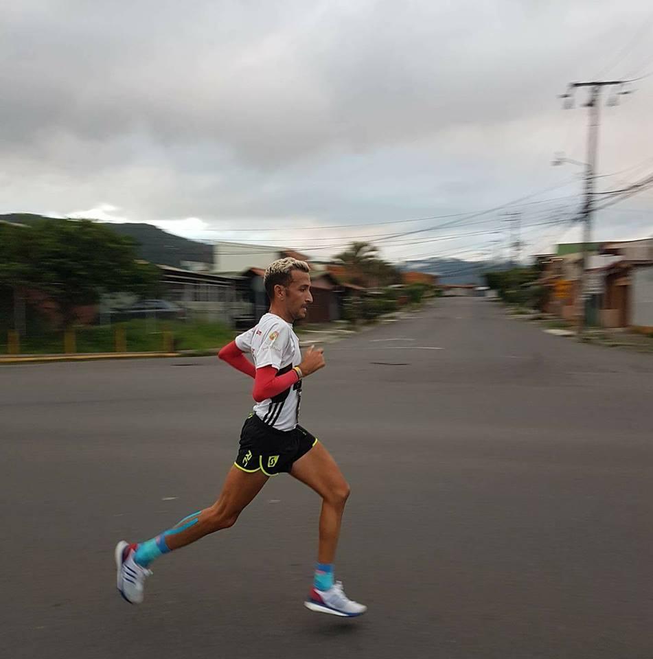 Éste es el extraño mal que fulmina a los corredores de maratón y causa daño permanente